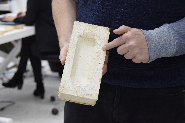 Christiansholmer stenen til PAPIRØEN vises frem i Cobe