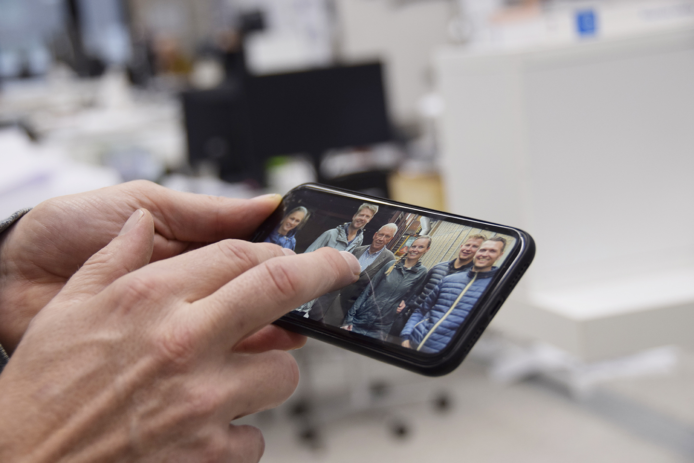Cobe Petersen Tegl NCC - mobil med foto